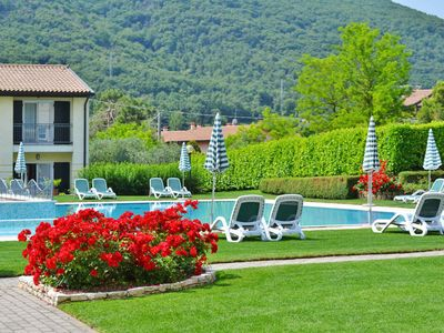 Photo for 2 bedroom Apartment, sleeps 6 in Garda with Pool, Air Con and WiFi