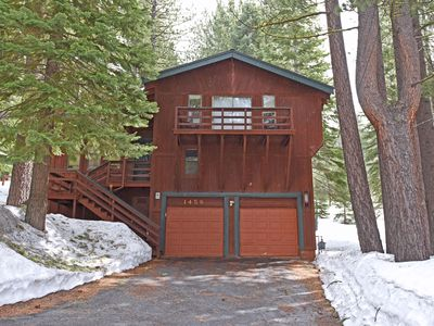 Photo for Alluring Getaway Close to Heavenly and Casinos, Gas BBQ, Board Games, FULL kitch