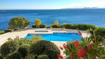 Search 4,756 holiday rentals