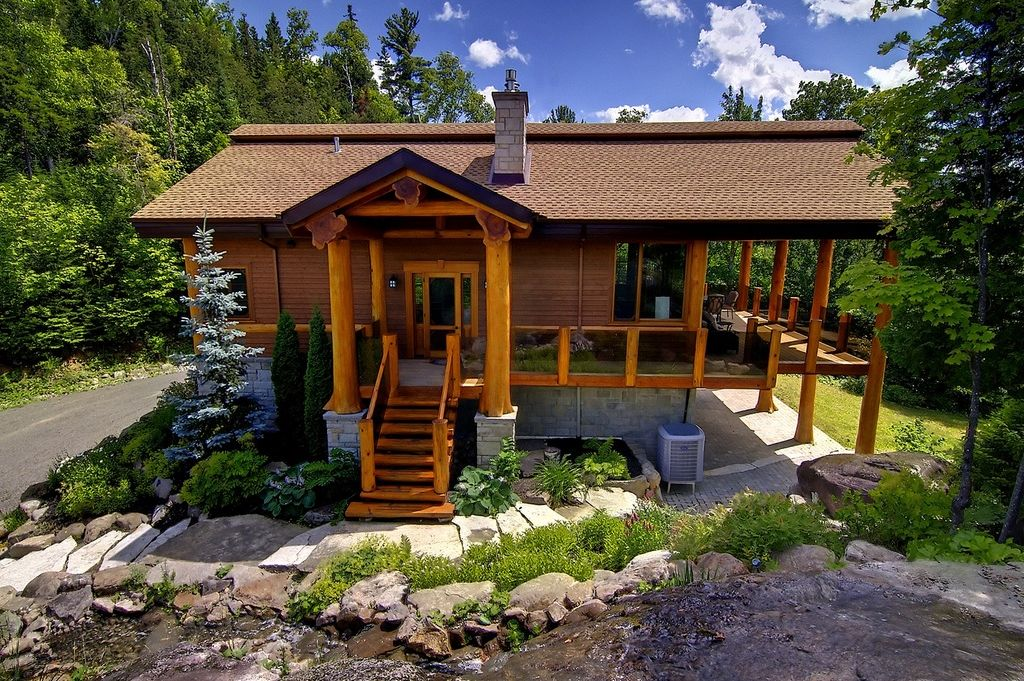 Perfect for nature lovers and 1 2 way betwe vrbo for Laurentian mountains cabin rental