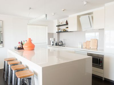 Photo for Luxury Potts Point Apartment with Harbour Views
