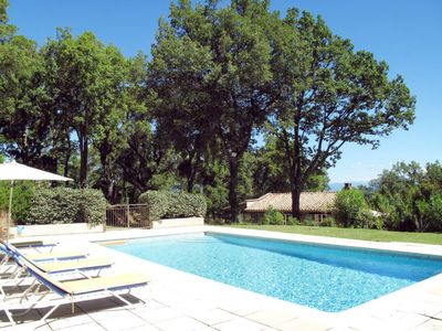 Photo for 2 bedroom Villa, sleeps 6 in La Garde-Freinet with Pool, Air Con and WiFi