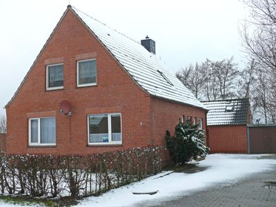 Photo for Vacation home Kleine Insel in Norden - 8 persons, 4 bedrooms