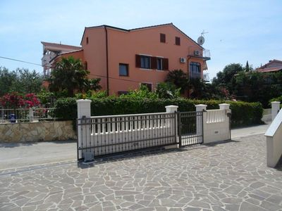 Photo for One bedroom apartment with balcony and sea view Biograd na Moru (Biograd)
