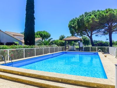 Photo for One bedroom Villa, sleeps 4 in La Grande-Motte with Pool and WiFi
