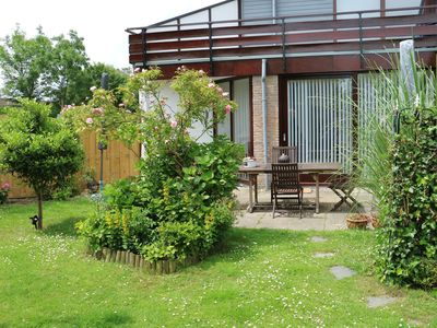Sunny holiday home near Grevelingenmeer with enclosed garden + spacious terrace.