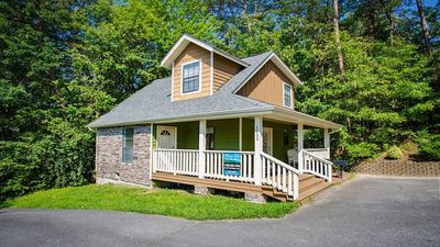 Photo for In the Heart of Pigeon Forge, 1 Bedroom,1 Bath, Sleeps 4, Free WIFI, Private