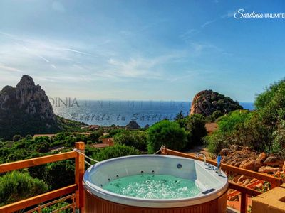 Photo for Villa Assenzia: villa with seaview and Jacuzzi