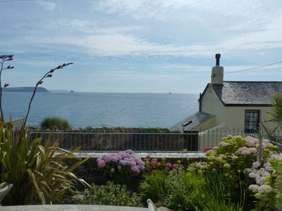 Photo for Pretty Cottage With Uninterrupted Sea Views