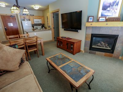 Photo for Ski-In/Ski-Out Condo, Gorgeous Mountain Views And Great Complex Amenities!