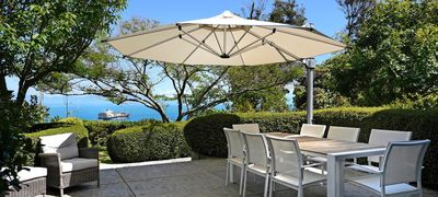 Photo for Queens Villa - Sumptuous Nelson Holiday Home