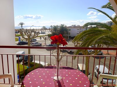 Photo for One bedroom Apartment, sleeps 4 with Walk to Beach & Shops