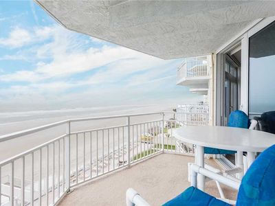 Photo for Blue Surf 404, 2 Bedrooms, Sleeps 6, Beach Front