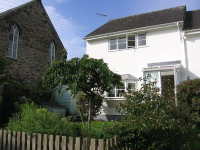 Photo for House in Borth-y-Gest, Porthmadog.  Close to beach. Sleeps 4. Pets welcome.