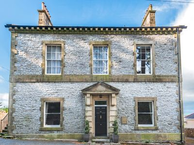 Photo for THE CELLS, with open fire in Ingleton, Ref 980529