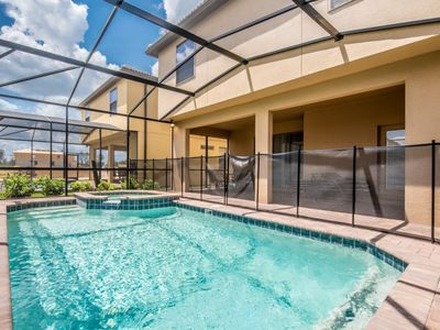 Photo for Resort Living Brand New Windsor At west side 6 Bed Pool and Spa Villa