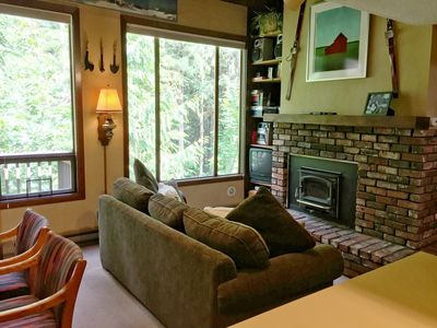 Photo for Lodging Condo #59 – FIREPLACE, DISHWASHER, WASHER/DRYER, SLEEPS-6!
