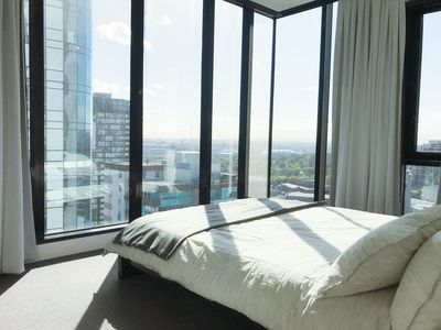 Photo for Southbank New Deluxe Apartment with city view & Free Parking