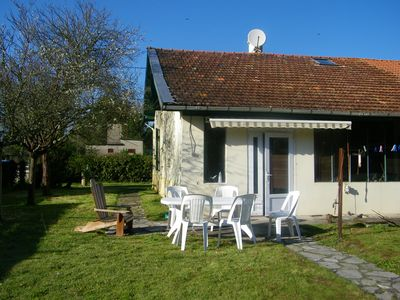 Photo for 3 bedroom house between sea and lac d'hourtin