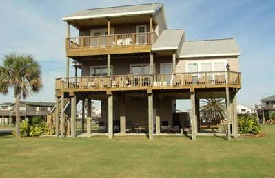 AWESOME BEACH VIEWS! INFANT, TODDLER, AND KID FRIENDLY. ALL QUALITY MATTRESSES.