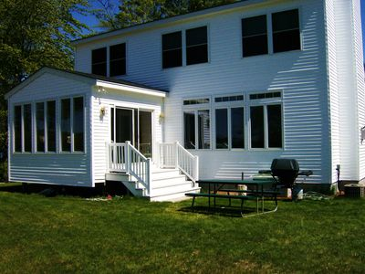 Modern Lakefront 4 Bdrm, 3 Bath, Home Close To Meredith Center, Beautiful Views