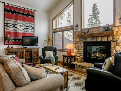 Photo for Elk Trail Retreat by WPLCo | Above WP | Huge Deck & Hot Tub | Mtn Furnishings | Sleeps 8