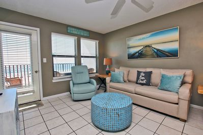 Gulf Front 2nd Floor Living Room