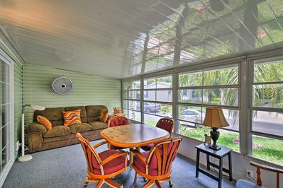 This 2-bedroom, 2-bath home sleeps 4 and features an air-conditioned lanai.