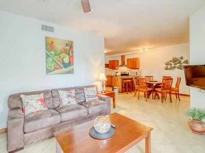 Photo for Tropical escape with a shared pool, plenty of room, & easy beach access