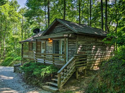 Photo for Cozy Robbinsville Cabin w/ Deck & Forest Views!