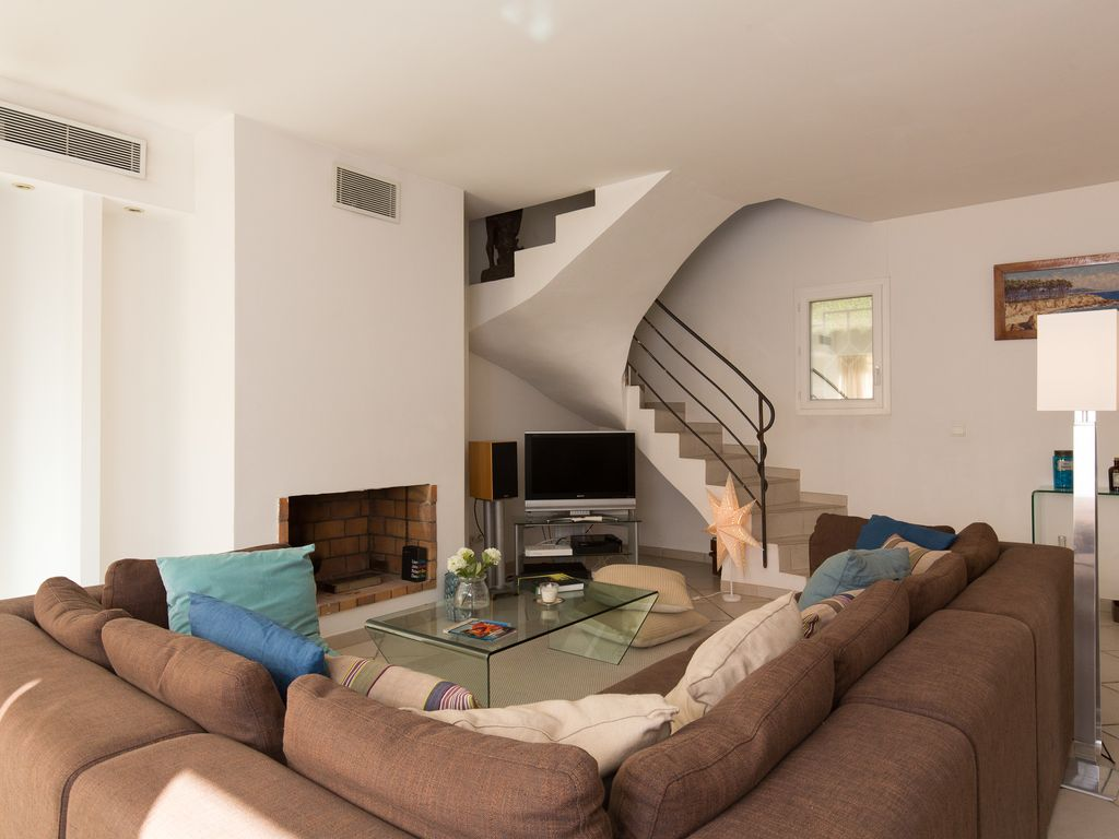 spelndid house and room design. Le Cannet house rental SPLENDID HOUSE WITH SWIMMING POOL AND GARDEN  CANNET