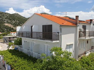 Photo for Studio flat with balcony and sea view Hvar (AS-8787-b)