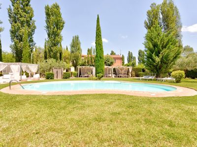 Photo for Lavish Holiday Home in Montepulciano with Piano and Garden