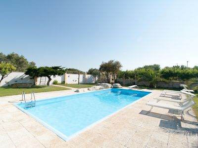Photo for Cottage with Pool, Tennis Court