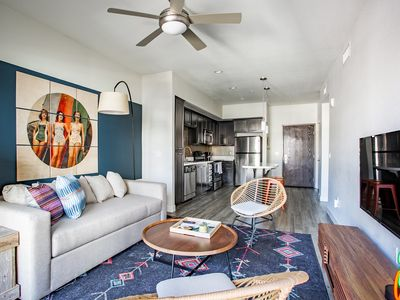 Photo for WanderJaunt | Burnham | 1BR | Downtown San Diego