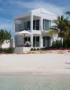 Photo for Villa Capri Romantic 1 BR - Just steps to the sandy beach and turquoise water