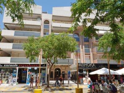 Photo for Holiday flat in Salou's tourist centre, Port Aventura