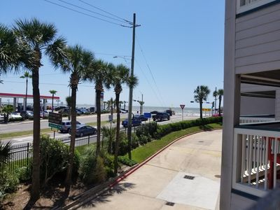 Photo for Beachfront Suites are conveniently located 61st & Seawall. 1/1, Sleeps 6