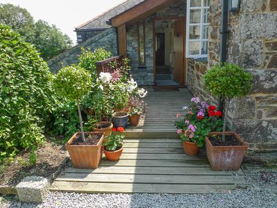 Photo for Luxury converted barn with stunning garden, close to coast