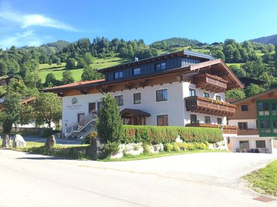 Photo for Cozy apartment in a sunny, central location, near Zell am See, Kaprun