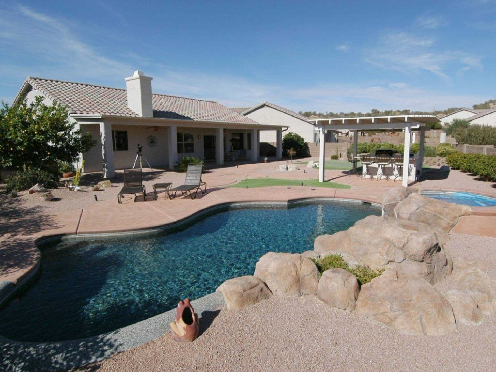Relax and enjoy tucson in style pool hot homeaway for Az cabin rentals with hot tub