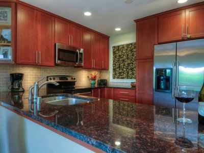 Photo for Luxurious, Remodeled 2-bed/2-bath, Wrap-around Lanai, Short Walk To Beach!