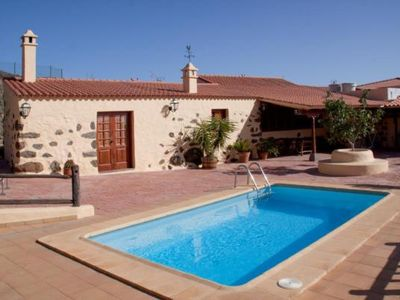 Photo for 2BR Cottage Vacation Rental in Vega de San Mateo, Gran Canaria