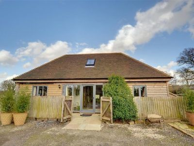 Photo for Vacation home Chez Maison  in Tenterden, South - East - 5 persons, 3 bedrooms