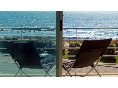 Photo for Beach front apartment with superb sea view, 10 min. from Porto