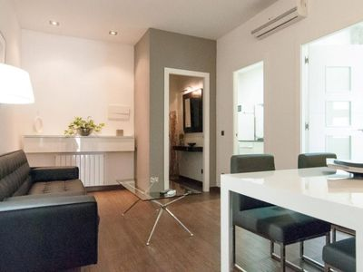Photo for Riera de Sant Miquel V apartment in Gràcia with WiFi, integrated air conditioning (hot / cold) & pr…