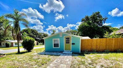 Photo for Downtown Largo 2 bedroom Cottage