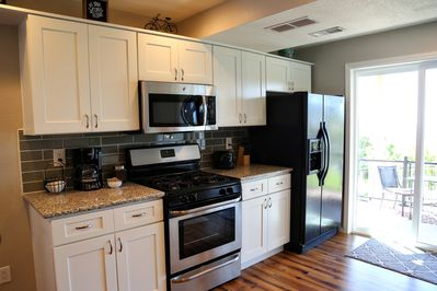 Well equipped kitchen has what you need to do some cooking.