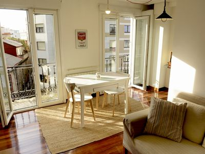 Photo for Beautiful apartment overlooking the estuary. Central. Cozy