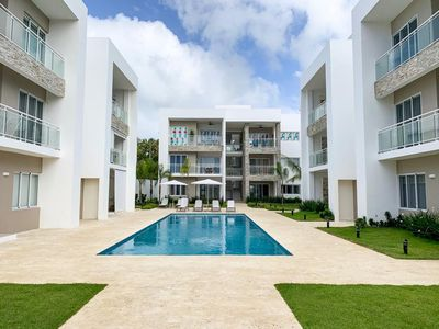 Photo for Luxury beach apartment with pool @ the core of PUJ!!